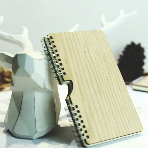 【Hylé Design Macau 】HOLD-IT木封面筆記本(特別限定)