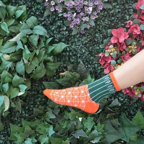 HK Style Orange Green Gate Socks