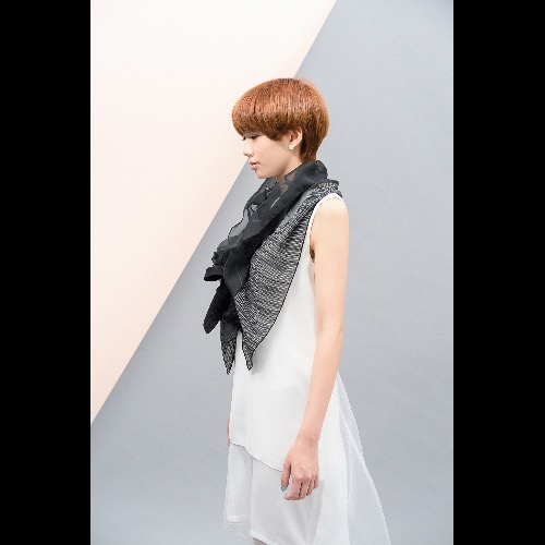 poemmmの巾-虛與實的黑//