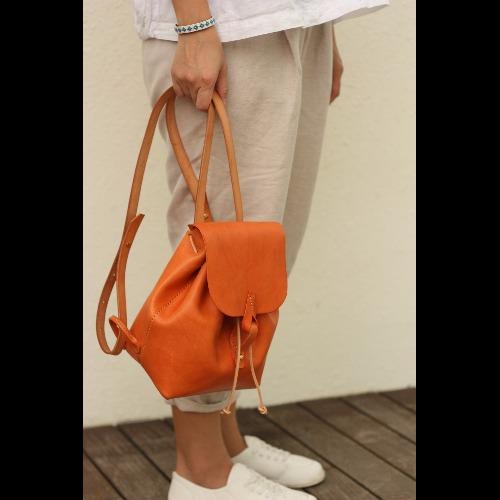 Minimaliste 手縫皮革包/雙肩包/橙色期間限定