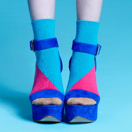 棉襪-女生襪子-簡約襪子-藍色短襪