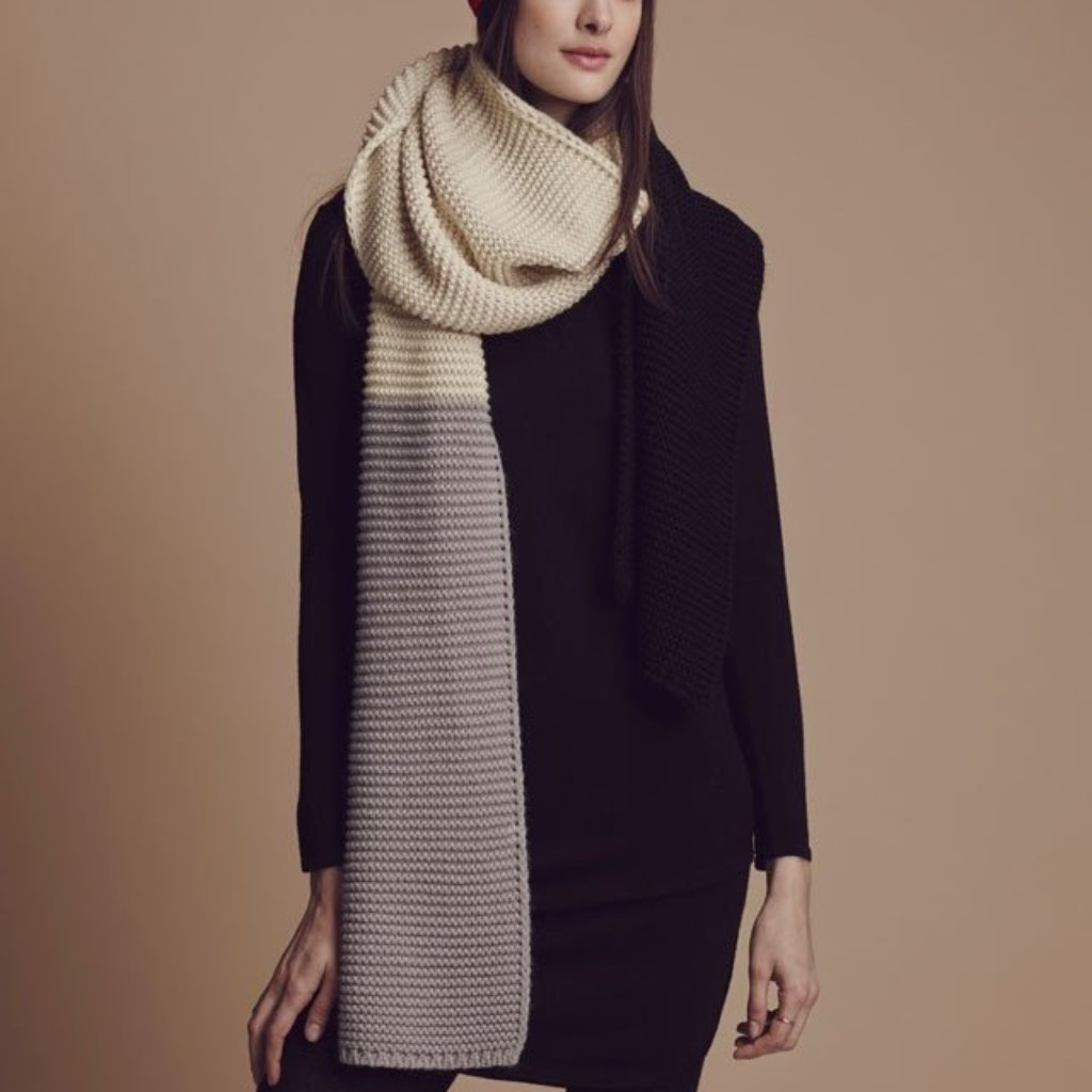 英國Miss PomPom/潮流色塊拼接長圍巾/奶油+黑+灰