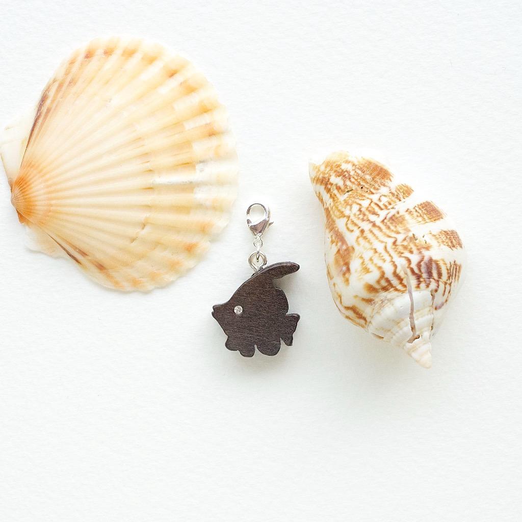 【Honeywood】手工木製吊飾 》》熱帶魚 。吊飾 禮物訂製