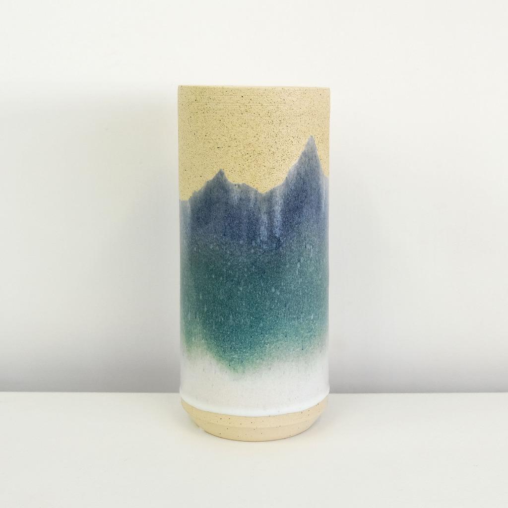 「山」花器