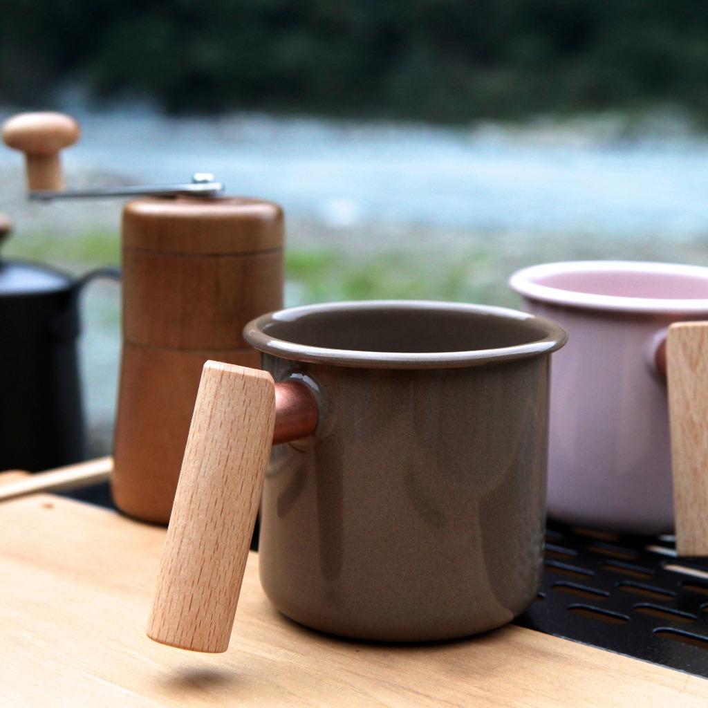 Truvii 手工木柄琺瑯杯 (可可色 - 400ml)