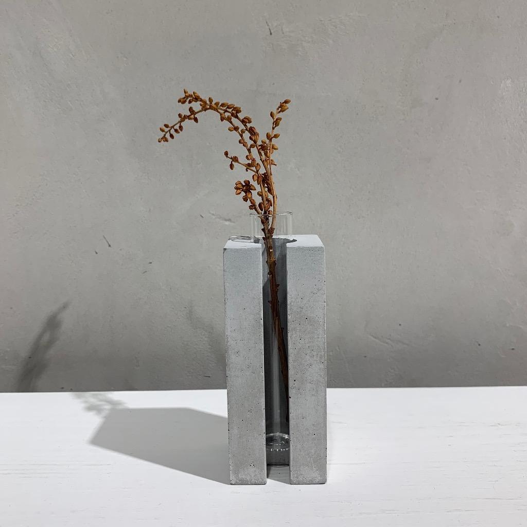 水泥花瓶 | 小型 | 正方 | 灰