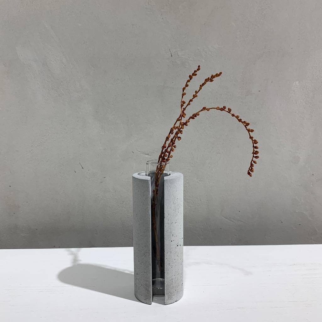 水泥花瓶   小型   圓   灰