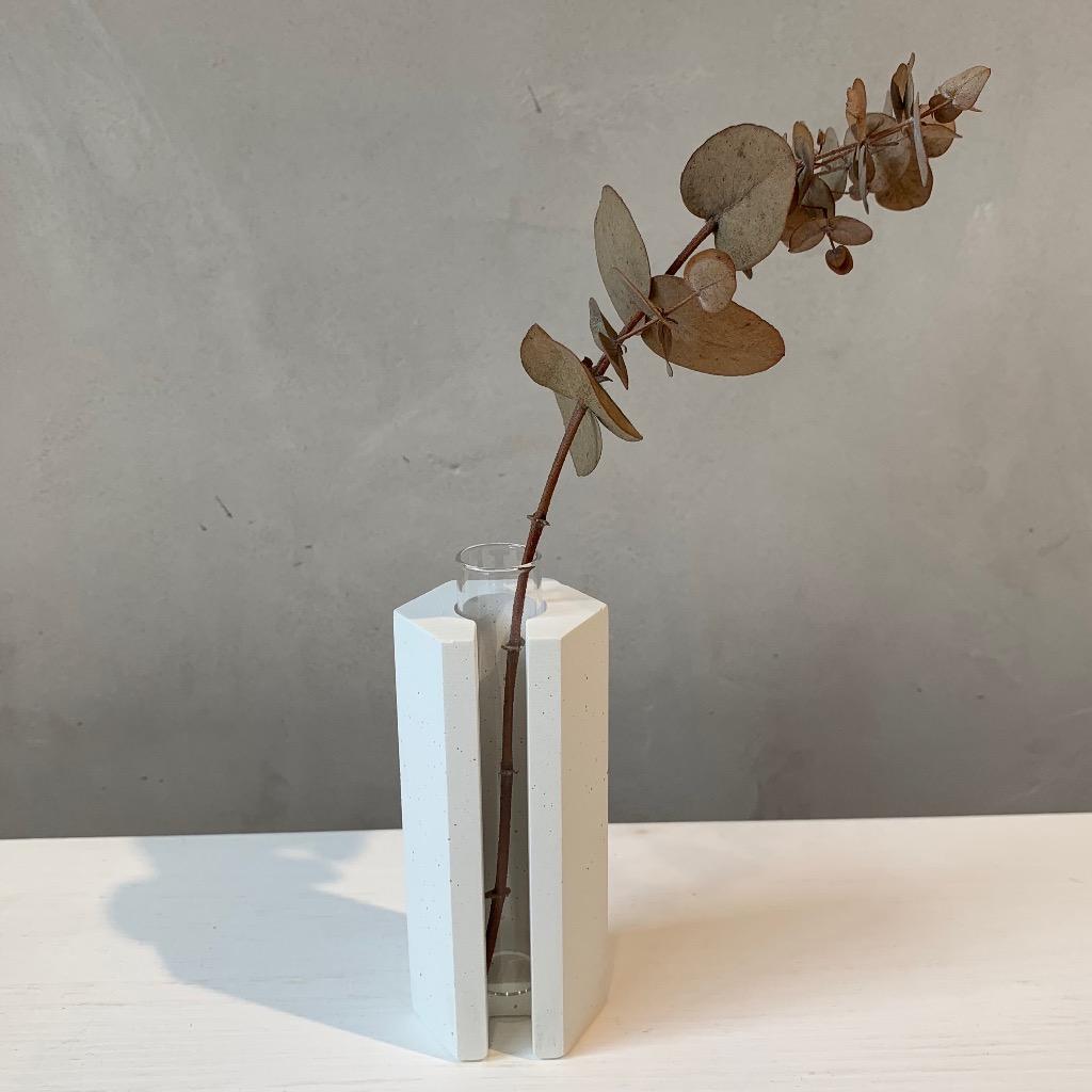 水泥花瓶 | 小型 | 六角 | 白