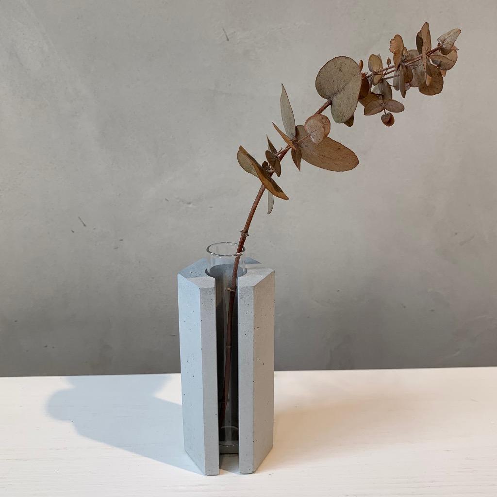 水泥花瓶   小型   六角   灰