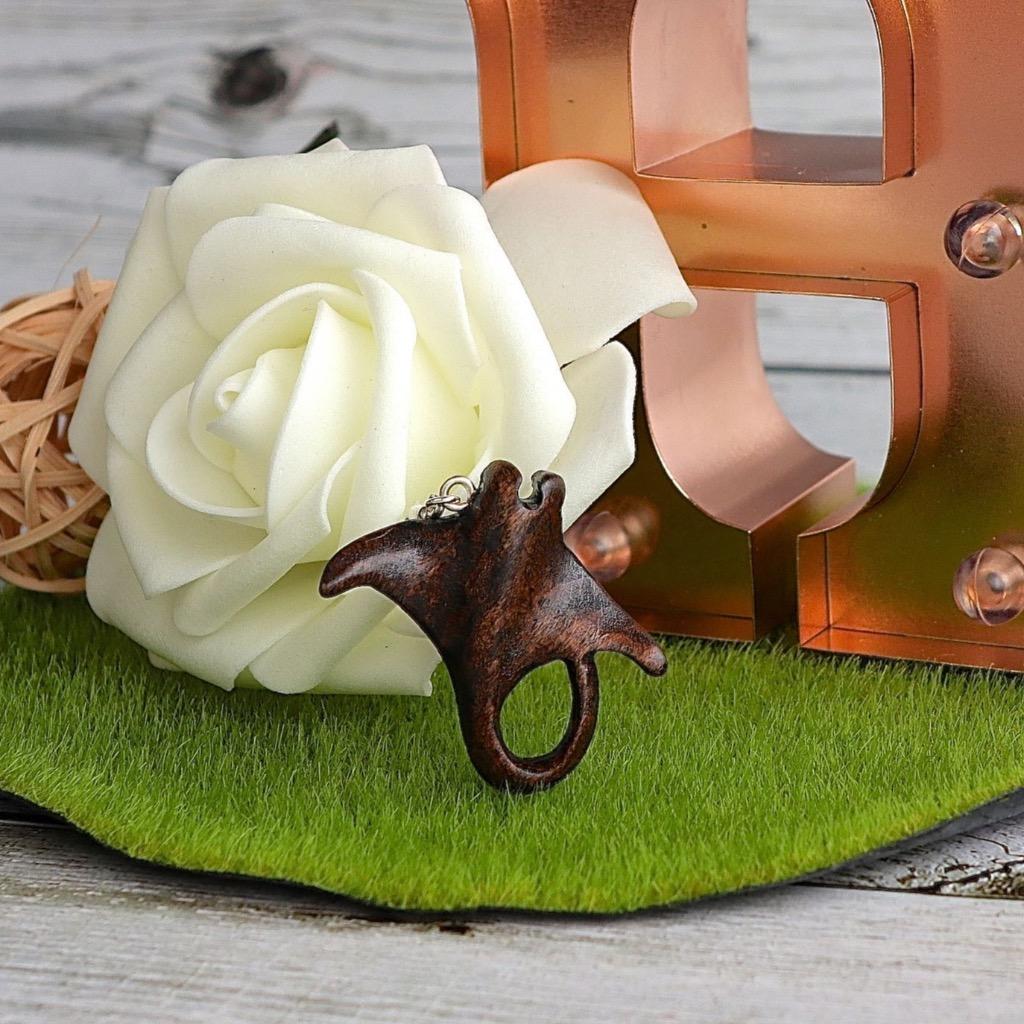 【Honeywood】手工木製吊飾 》》魔鬼魚。吊飾 禮物訂製