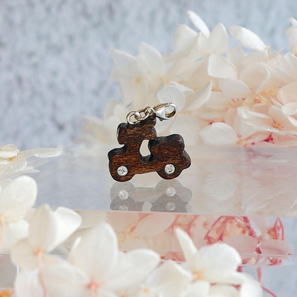 【Honeywood】手工木製吊飾 》》電單車 。吊飾 禮物訂製