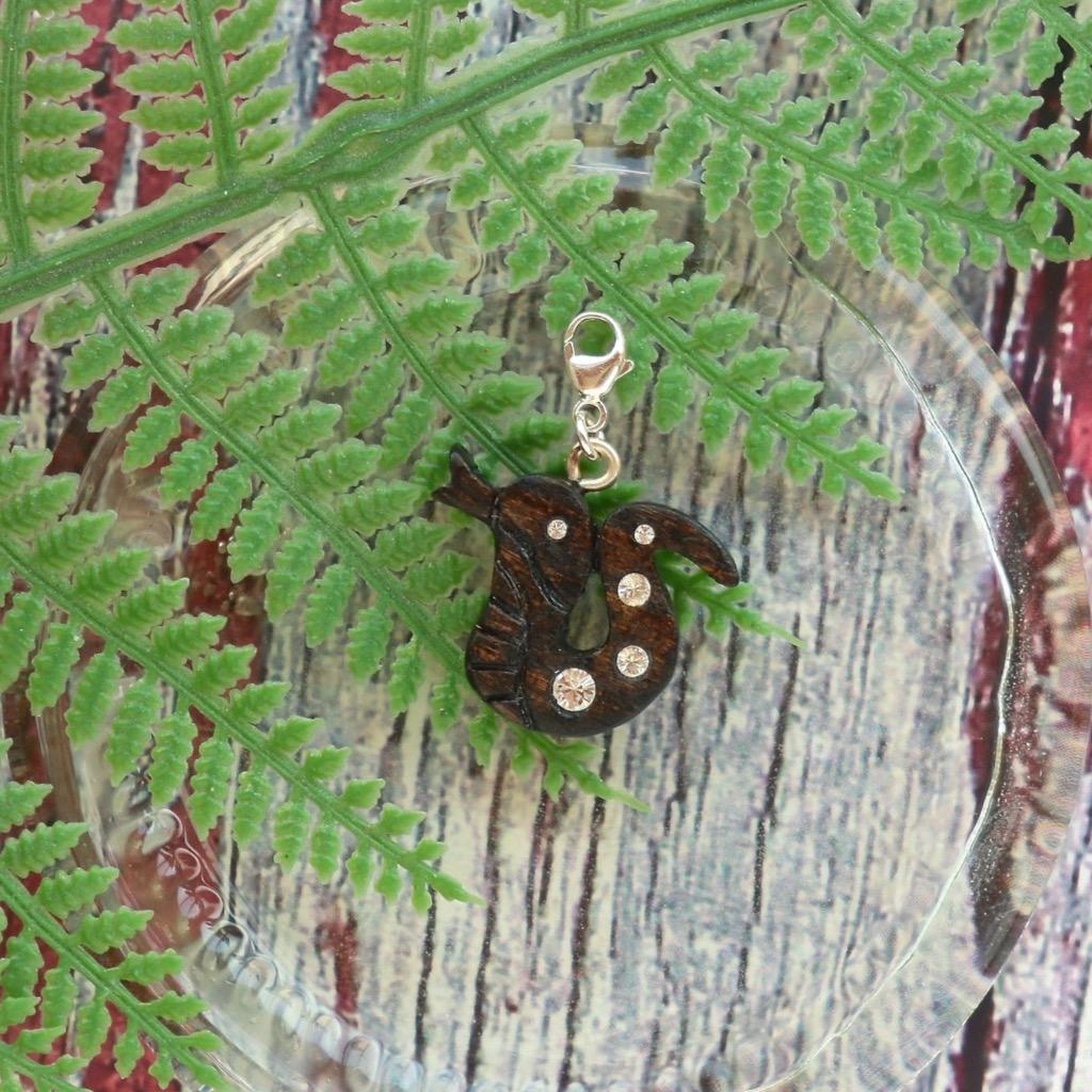 【Honeywood】手工木製吊飾 》》十二生肖。蛇  吊飾 禮物訂製
