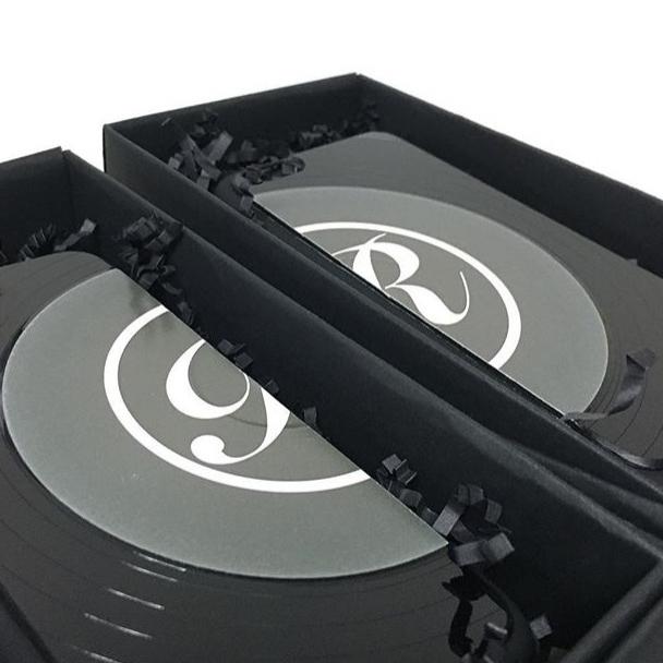 全手工製黑膠唱片 Phone Case // 黑膠唱片隨機彩色碟花