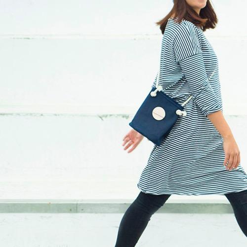 藍色帆布小圓筒袋